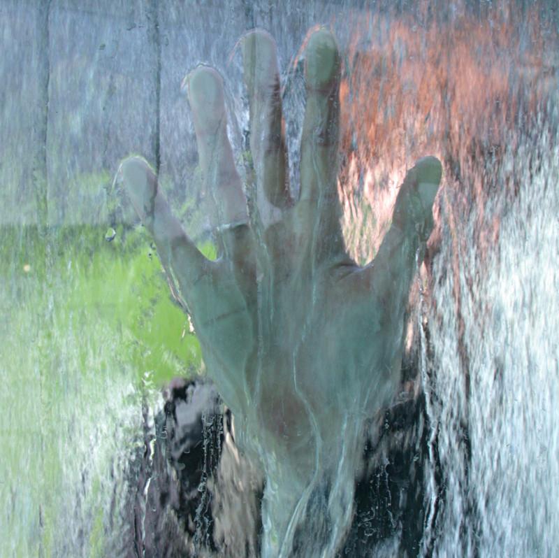 hand-water